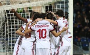Без да блести Милан надви Каляри