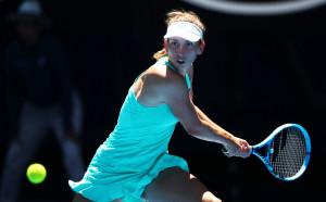 Свитолина даде сет, но е на четвъртфинал в Дубай
