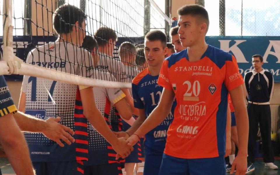 Виктория Волей подновява сезона с две пловдивски дербита