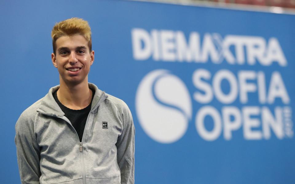 Адриан Андреев участва в тенис нововъведение, продължило...2 дни