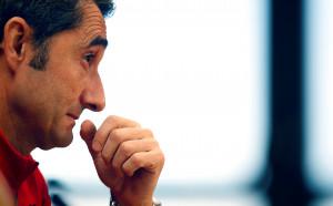 Валверде сърдит на шефовете на Барса, обмислял напускане