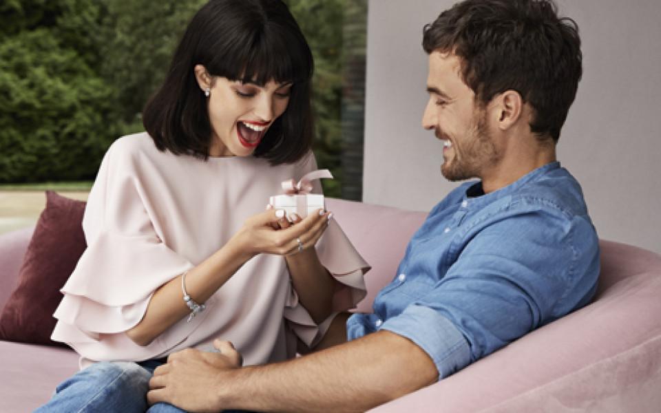 Историята за перфектния подарък или какво наистина искат жените