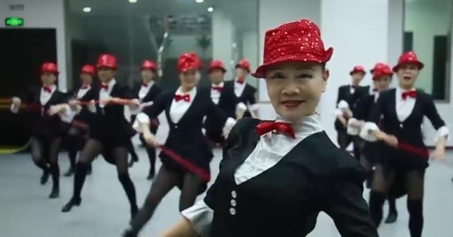 Танците ме правят млада и красива. Дават ми енергия, споделя