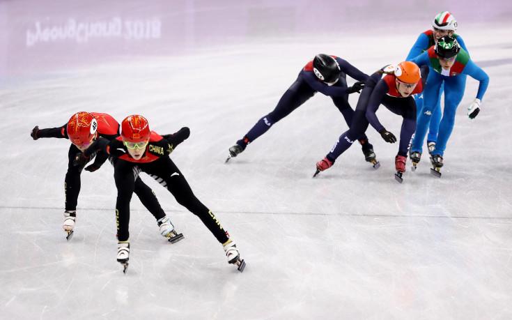 Холандски триумф в бързото пързаляне с кънки