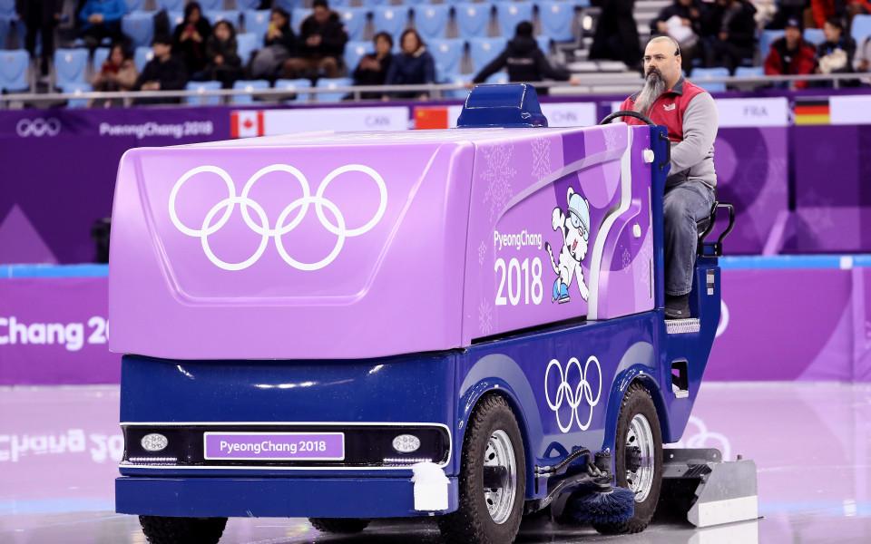 Рускиня с нов световен рекорд, но Канада води във фигурното пързаляне