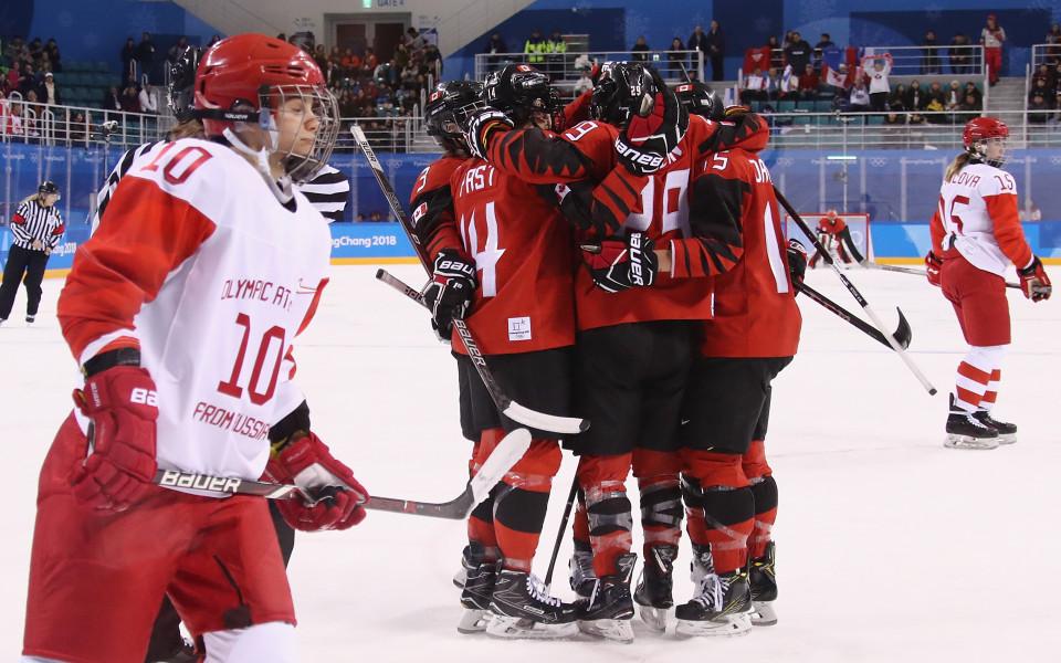 Канада би рускините на хокей, излезе начело