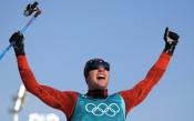 Колоня грабна златото на 15 км свободен стил в ски бягането