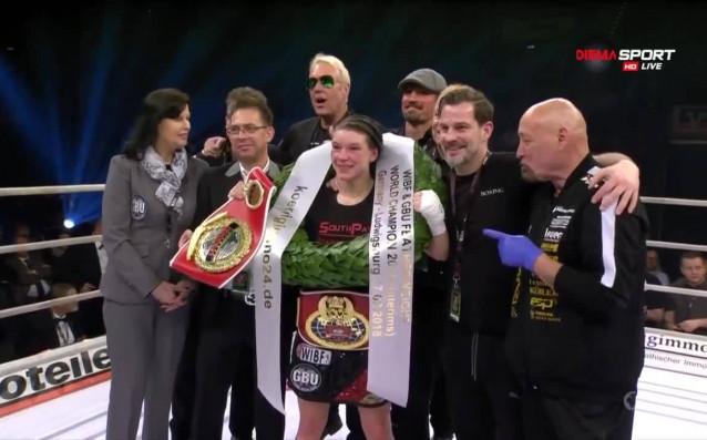 След здрав бой Нина Мейнке с триумф на галата в Лудвигсбург