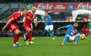 Наполи си върна първото място в Серия А