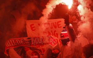 Феновете на Кьолн донесоха сериозна глоба на клуба