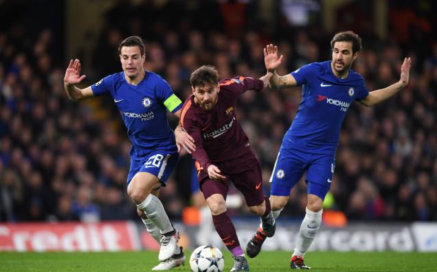 На живо: Барселона скри топката на Челси в Лондон