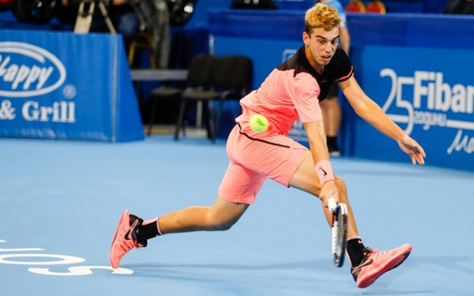 Адриан Андреев се класира на четвъртфинал във Франция