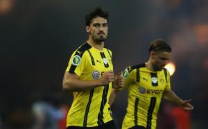 Хумелс се зарадва на гола на Борусия, атакуваха го в интернет