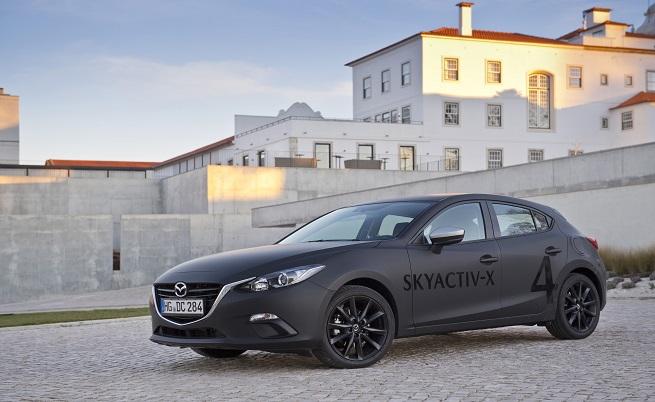 Mazda Skyactive-X: бъдещето на бензиновия двигател? (тест драйв)
