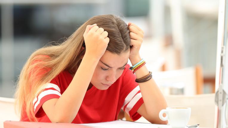 Как да накараме тийнейджъра си най-сетне да започне да учи