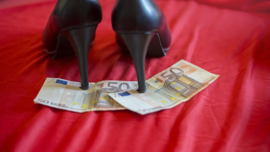 <p>Жестоките истории на три български проститутки в Германия</p>