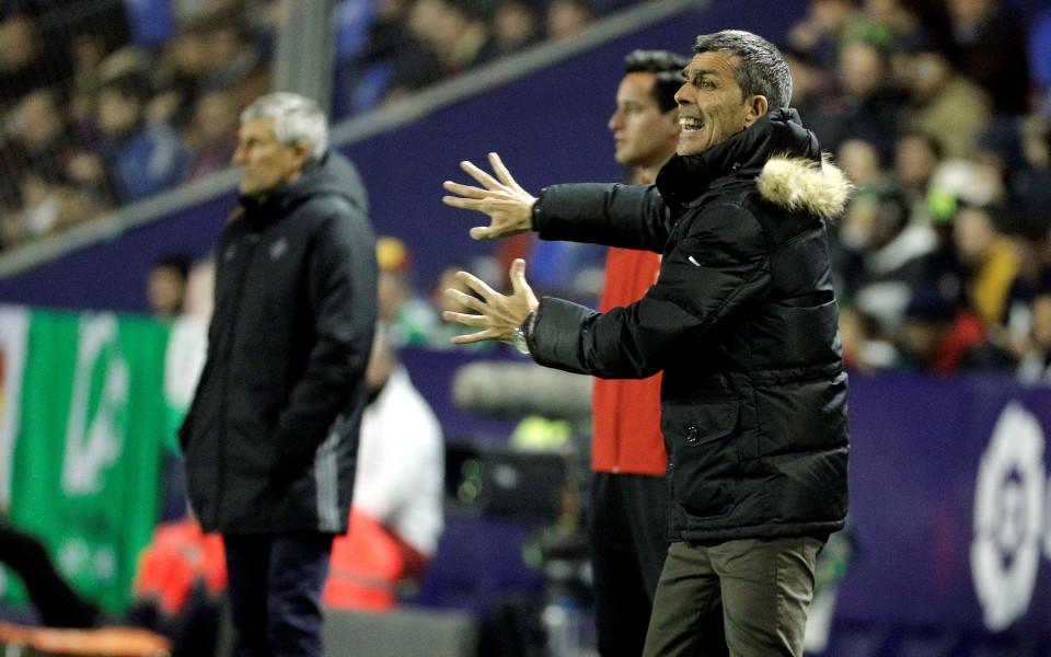 Леванте уволни треньора си след 15 мача без победа