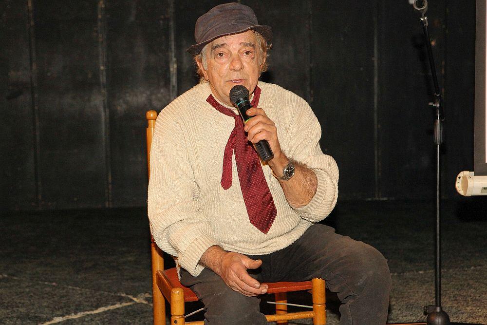 """Бате Николай (1940-2018)<br /> В началото на март на 77-годишна възраст почина бате Николай. Звездата на актьора изгрява в детското телевизионно предаване """"Сладкарница Захарно петле""""."""