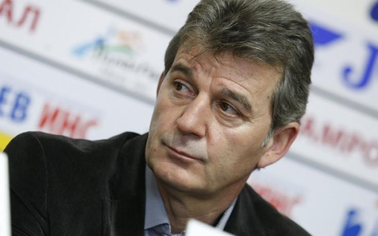 Костадинов: Ако има предложение за смяна на Петров, ще го обсъдим