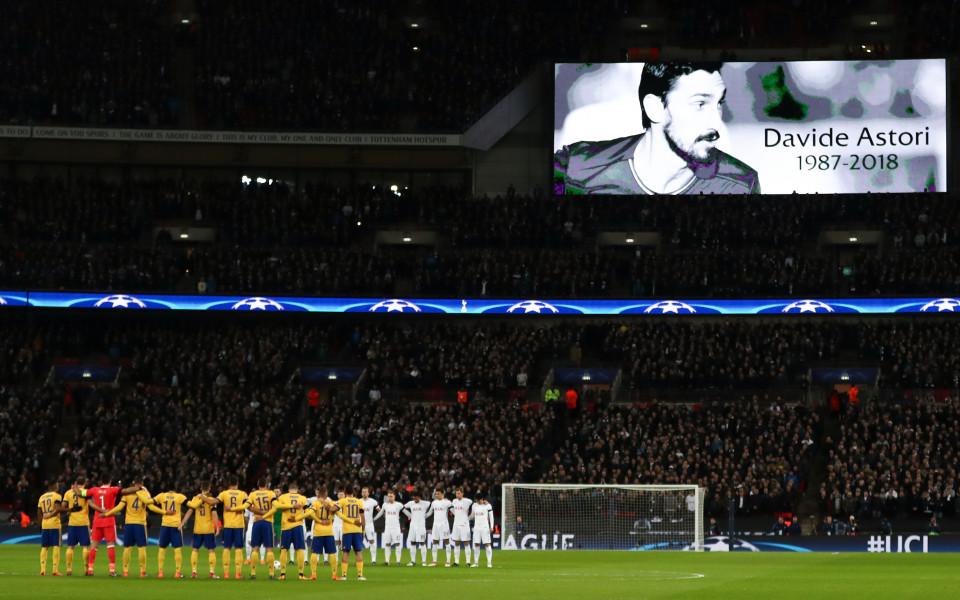 През сълзи: Киелини отдаде почит на Астори