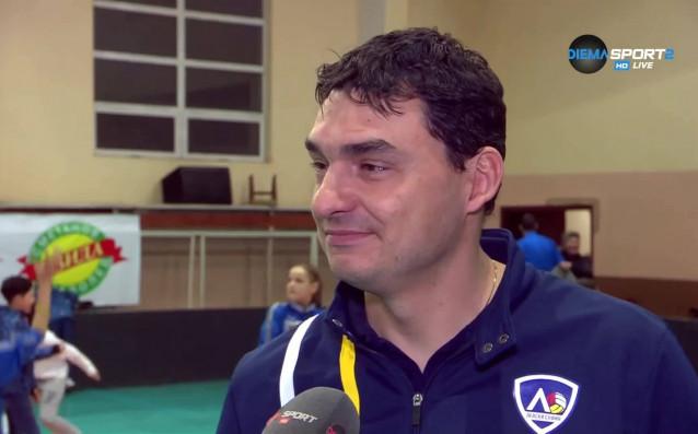 Наставникът на ВК Левски Владимир Николов трудно намери обяснения за