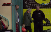 Пулев гледа половинката си във волейболните полуфинали при дамите