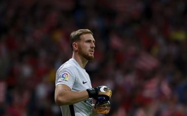 Облак отхвърлил две оферти за нов договор от Атлетико Мадрид