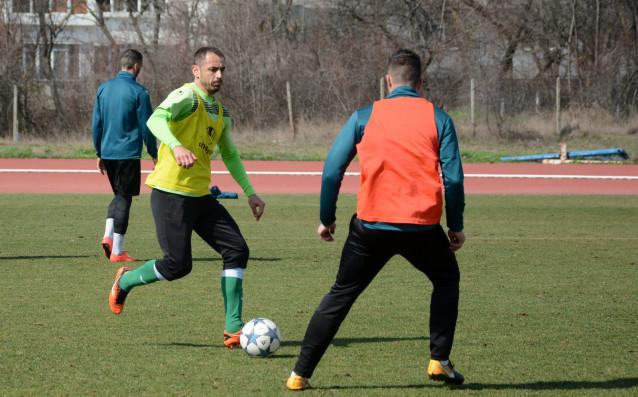 Отборът на Черно море продължава подготовката си за последния мач