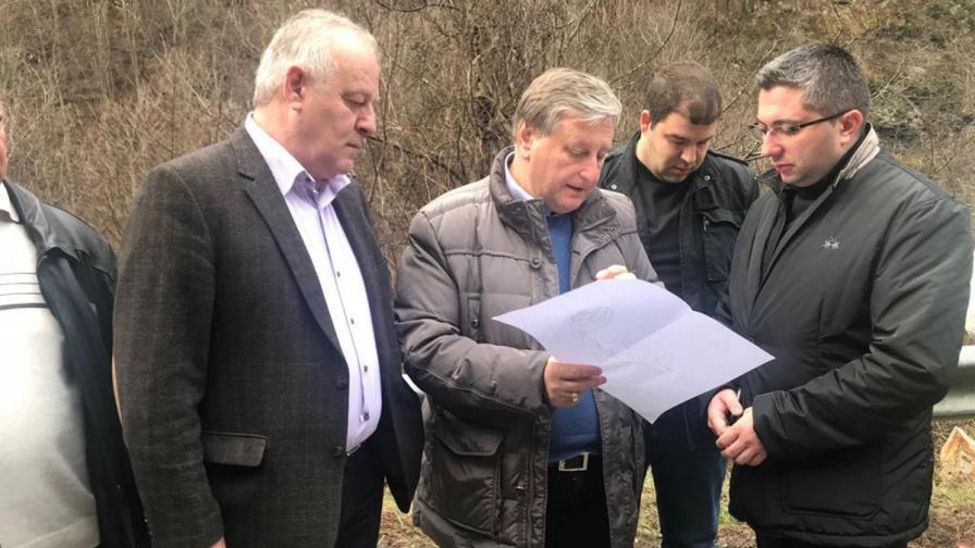Нанков: Укрепването на свлачището ще струва 7-8 млн. лв.