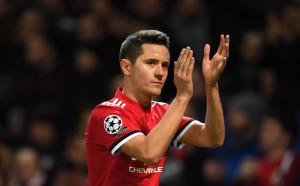 Малко добри новини за Жозе от лазарета в Юнайтед