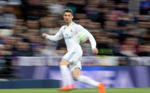 Роналдо здраво погна Меси