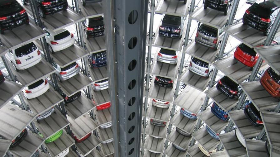 Шефът на Volkswagen прилапа тлъст чек