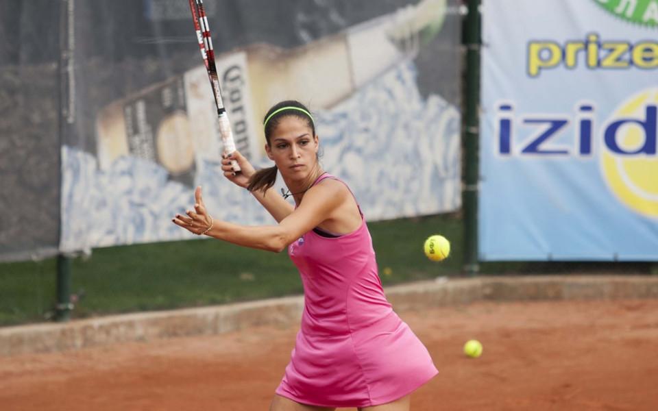 Шиникова завърши с пълен актив груповата фаза на турнира в Белград