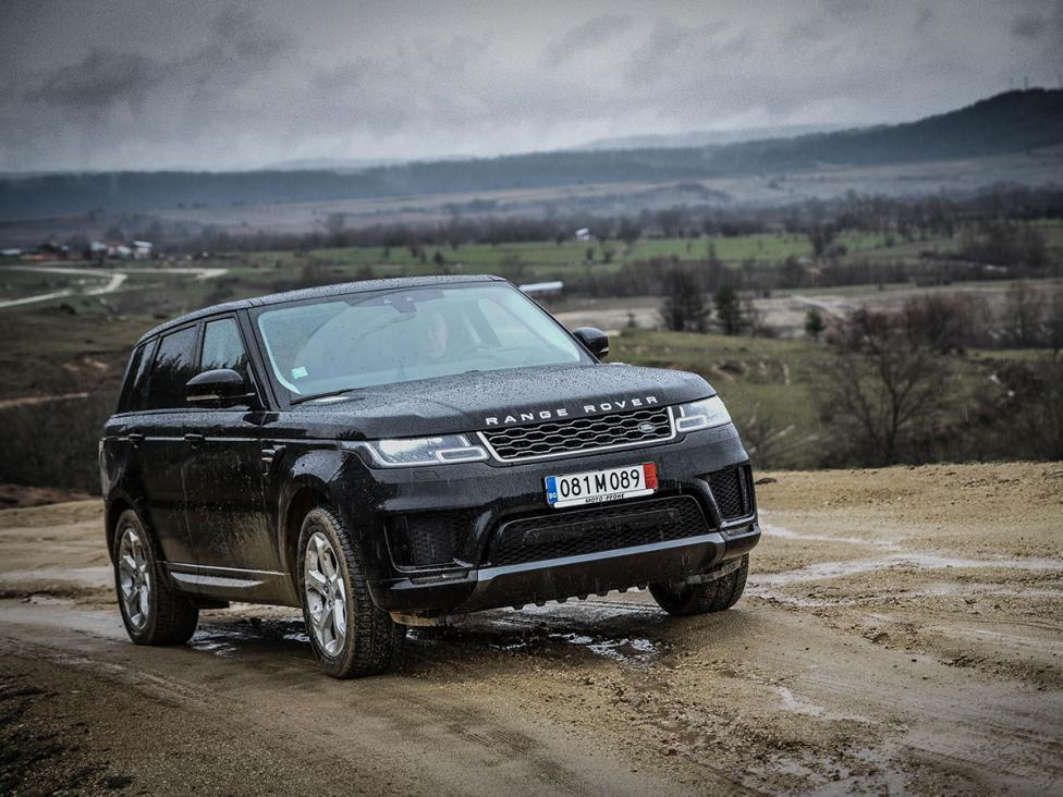 - Land Rover има философия, която не изповядва нито една друга марка: еднакво добро поведение на пътя и извън него. Звучи невъзможно, но новият Range...