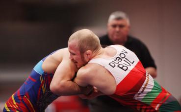 Дубов спечели титлата с технически туш