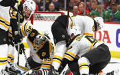 Бостън надви Далас в НХЛ с гол в последната минута