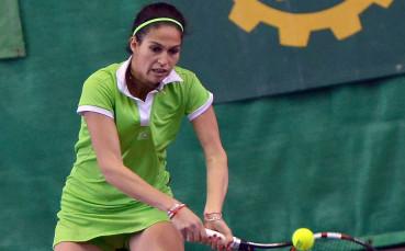 Шиникова продължава с победите в Дубай