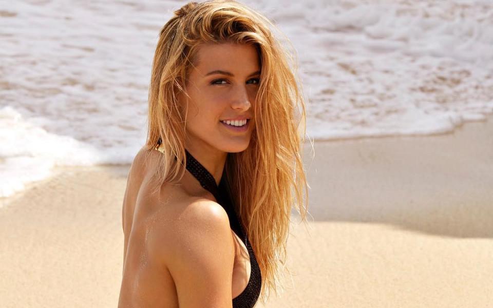 Секси тенисистка призна: Може би ще стана модел, след като се откажа