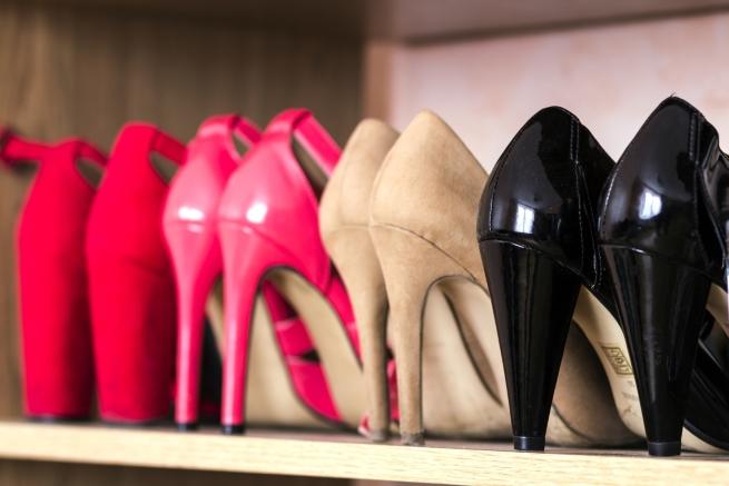 Новите ти обувки - може и да не им обърне внимание.