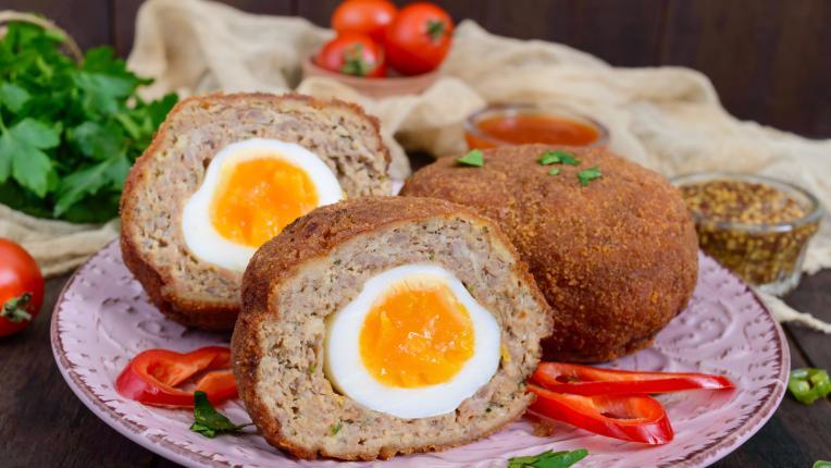 Шотландски яйца в тесто - с вече сварените яйца