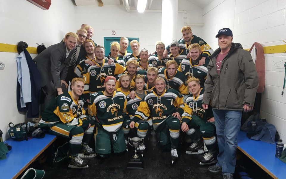 Трагедия! 14 хокеисти загинаха в катастрофа