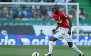 Манчестър Юнайтед договаря френски национал преди Мондиал 2018