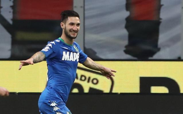Ръководството на Милан е идентифицирало звездата на Сасуоло Матео Политано