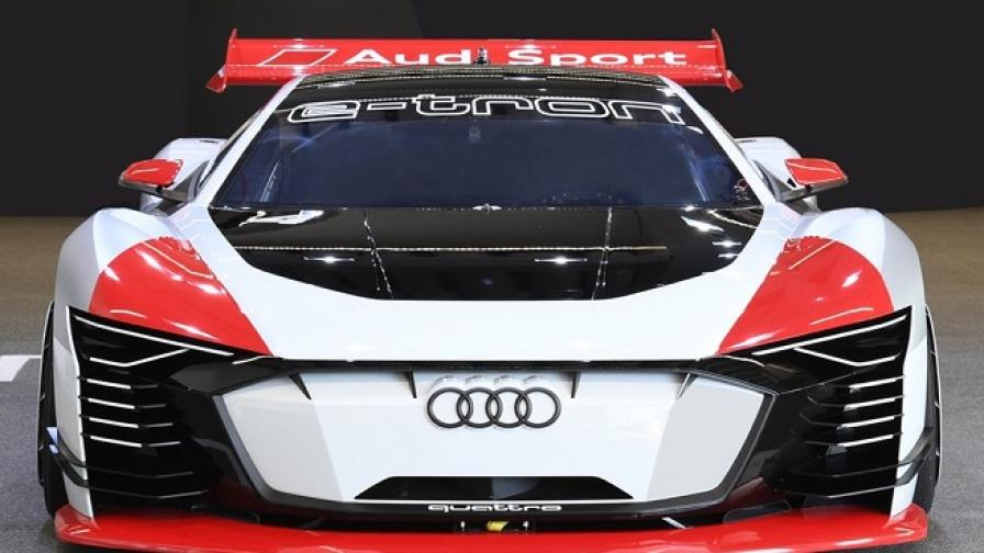 """Audi направи най-якото """"такси"""""""