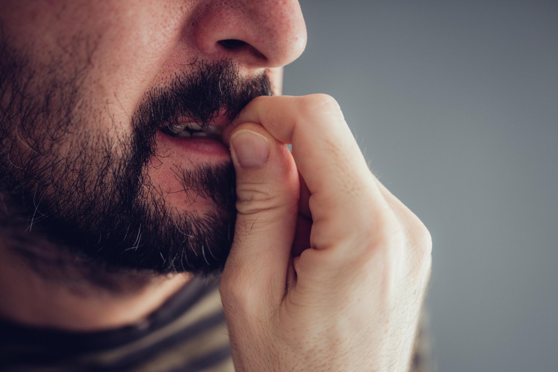 Големи и шумни компании ви изнервят. Предпочитате да бъдете само с най-близките си хора.