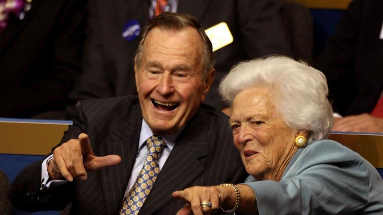 Невероятно красивата любовна история на Барбара и Джордж Буш