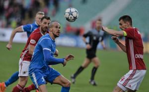 Цял свят говори за ЦСКА-Левски, но заради простотията
