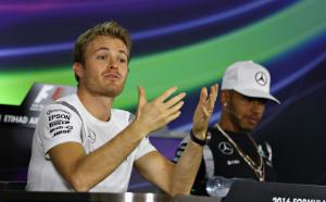 Розберг: Люис даде златен шанс на Ферари в Китай, а те…