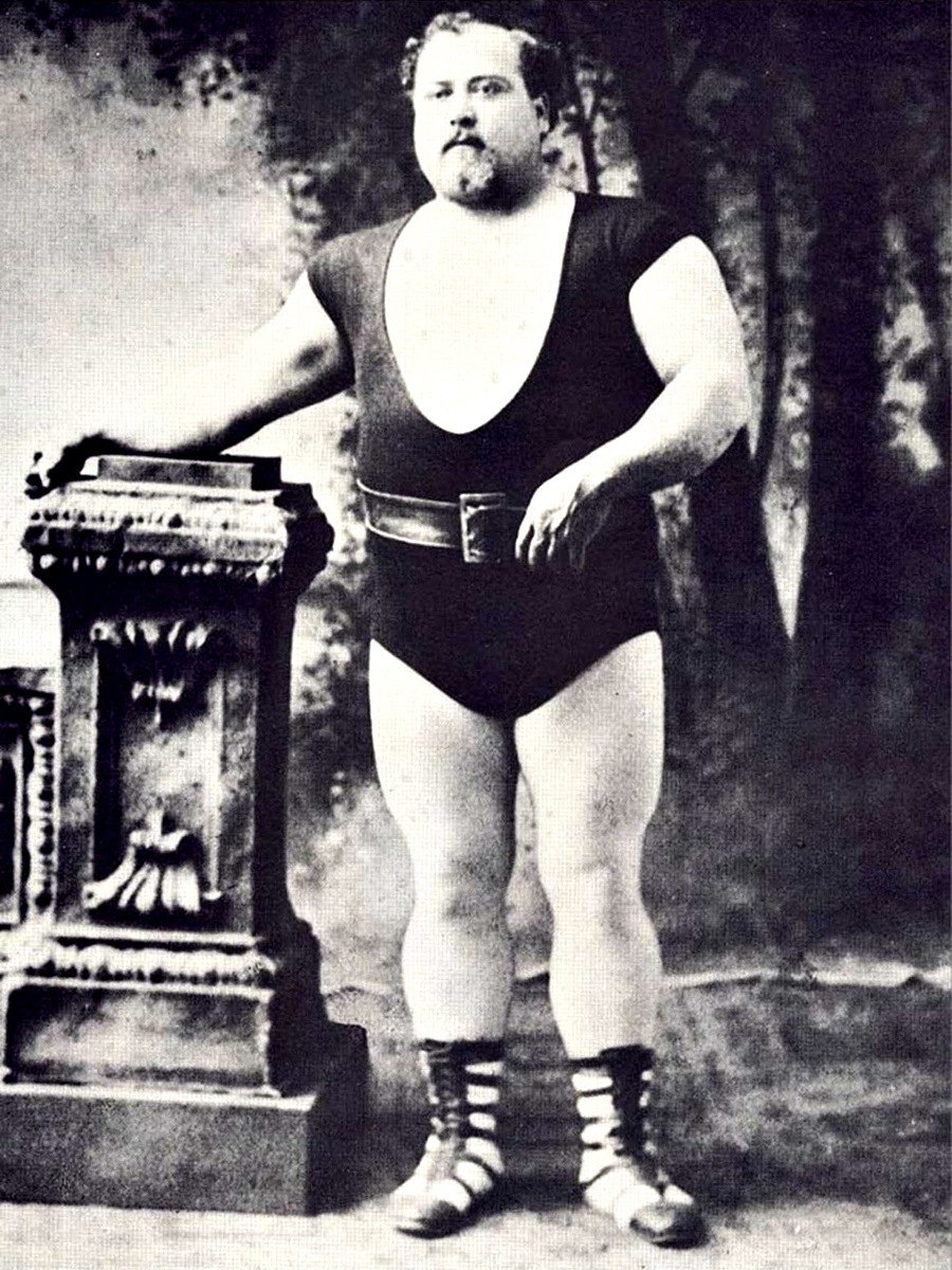 Луи Кир, около 1900 г.