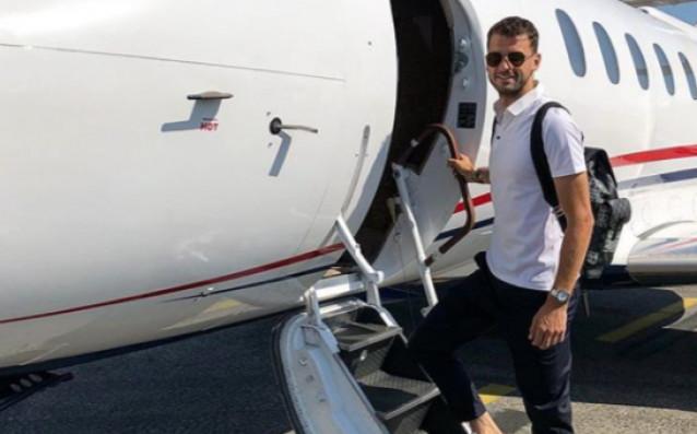 Световният номер 5 Григор Димитров отлетя за Барселона с частен